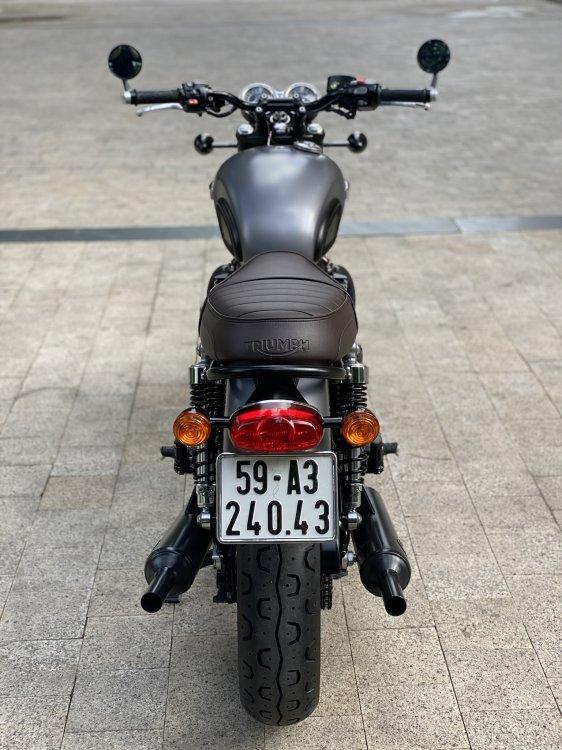 71AD51A1-CD3D-41AA-A1E5-B28A9D8050D4.