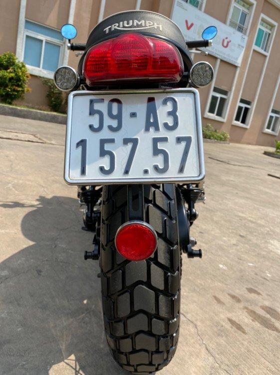 B13AF7B9-B74F-4427-8421-F3342AE97928.