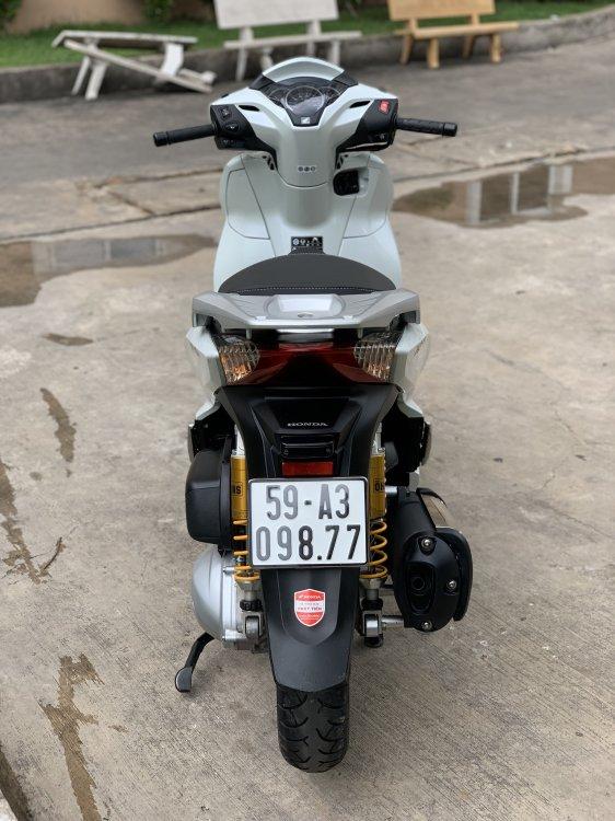 D9DF3C73-AA25-4AEF-904B-4B8DDEFFE8E8.