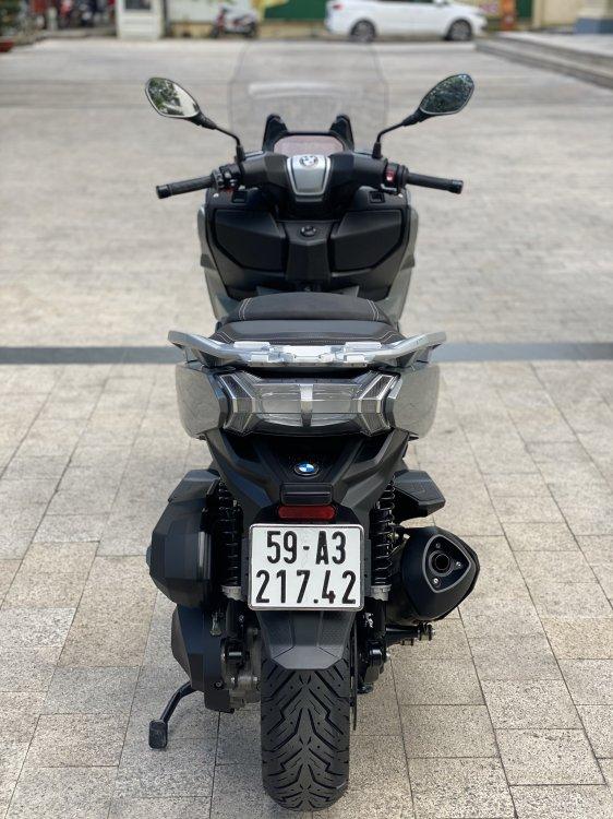 ED90DB90-C40B-4D0E-97C9-AA52C16D71E2.