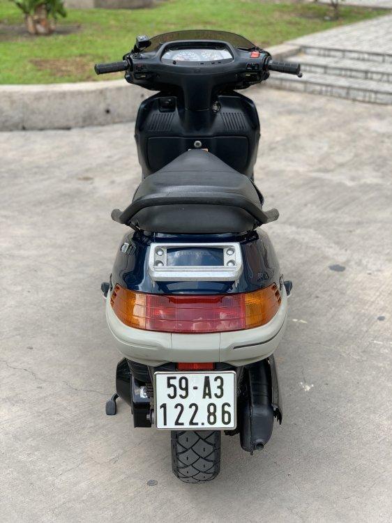 EFA0A307-2A9E-46E4-9BDC-31A51390A866.
